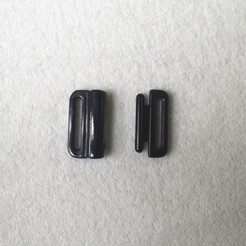 Plastic buckle for bra L15F21