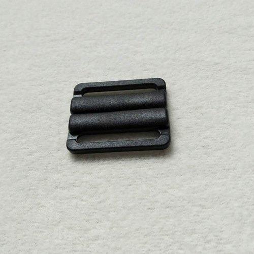 Plastic POM closure big clips L25F45A matt